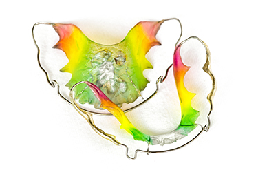 Neon colored retainers
